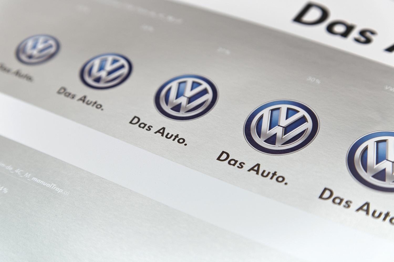 Andruck VW Markenzeichen (4C) auf Chrom